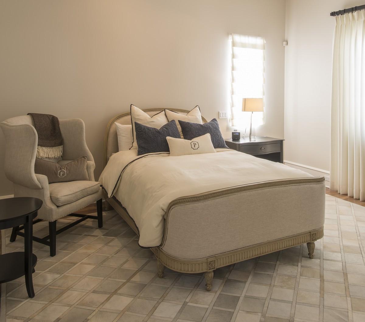 Classic Elegance Furniture Scottsdale, AZ, Traditional